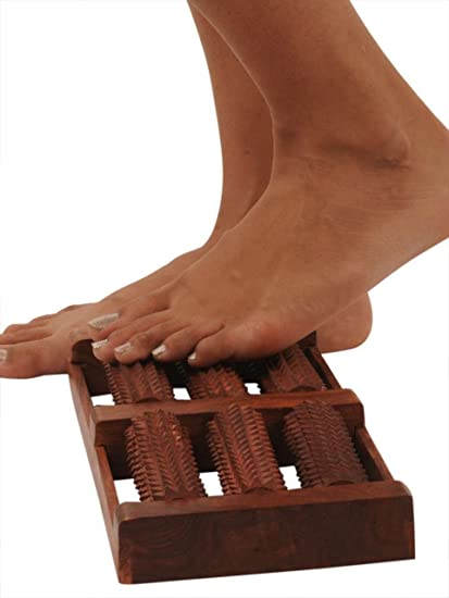 Pindia Wooden Hand Massager Roller Body Stress Acupressure Acupuncture Foot Massage