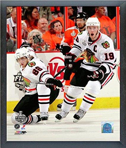 (NHL Jonathan Toews Patrick Kane Chicago Blackhawks Stanley Cup Photo (Size: 17