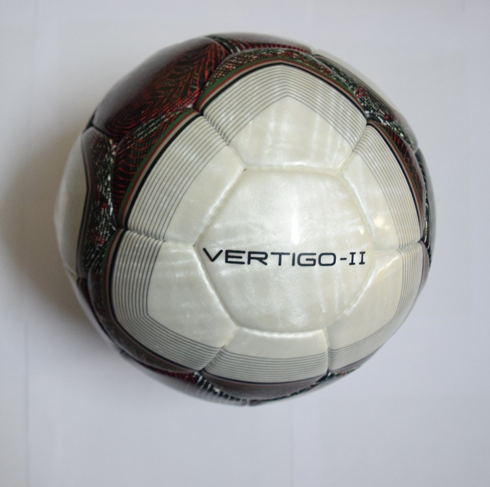 964137f9b3c Buy NIVIA Vertigo II Football Size 5 - FIFA Approved - New Stock Online at  Low Prices in India - Amazon.in
