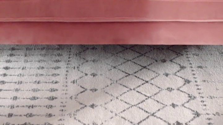 """nuLOOM Moroccan Blythe Runner Rug, 2' 8"""" x 8', Grey/Off-white - Made in Turkey PREMIUM MATERIAL: Crafted of durable synthetic fibers, it has soft texture and is easy to clean SLEEK LOOK: Doesn't obstruct doorways and brings elegance to any space - runner-rugs, entryway-furniture-decor, entryway-laundry-room - 61BkGlJ72VL -"""