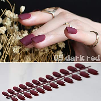Amazon.com: Simple Burgundy - 24 uñas postizas de cabeza ...