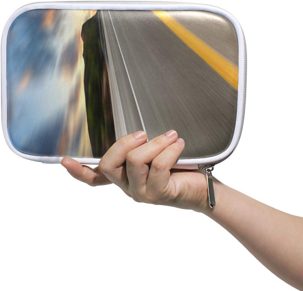 Estuche de lápices Bolso cosmético de cuero Road Under Sunset Sky Race Organizador Gran capacidad para viajes escolares