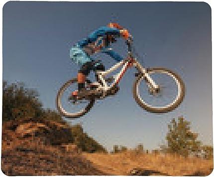alfombrilla de ratón Bicicleta de montaña ciclista de salto. descenso ...