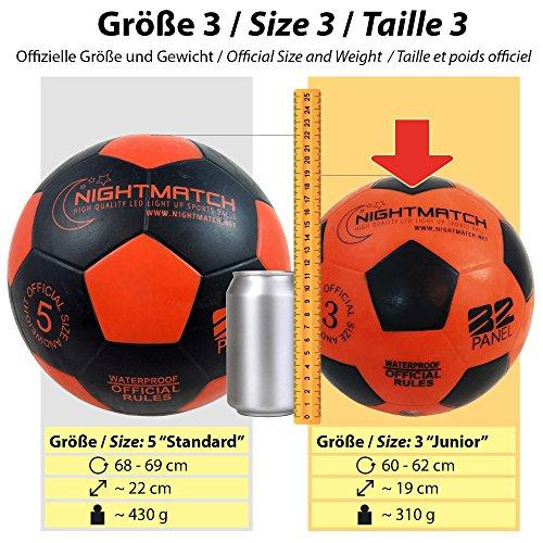 san francisco a8a48 85818 NIGHTMATCH Balón de Fútbol Ilumina Incl. Bomba de balón - LED Interior se  Enciende Cuando se patea - Brilla en la Oscuridad - Tamaño 3 - Tamaño y  Peso ...