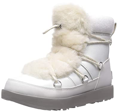 3d194af38 Amazon.com | UGG Women's W Highland Waterproof Fashion Boot | Snow Boots