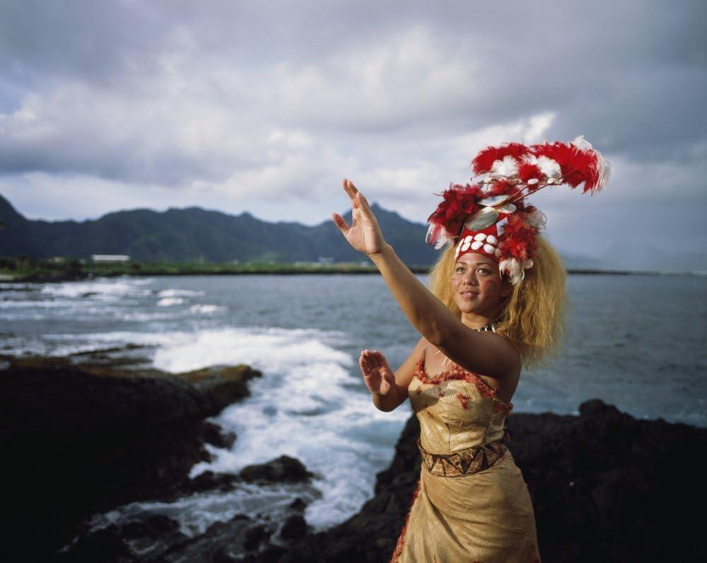 Woman wearing a traditional Samoan dress and headdress American Samoa Poster Print (17 x 13)