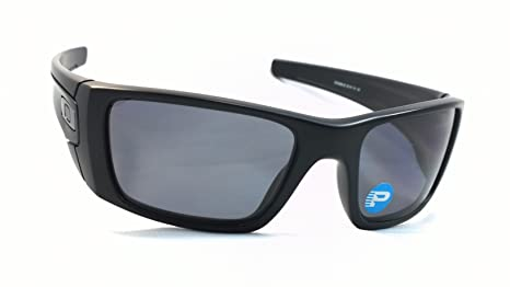 fb17170f789 Amazon.com  Oakley Oo9096-05 Fuel Cell 100% Authentic Men s Polarized  Sunglasses Matte Black 909605  Clothing