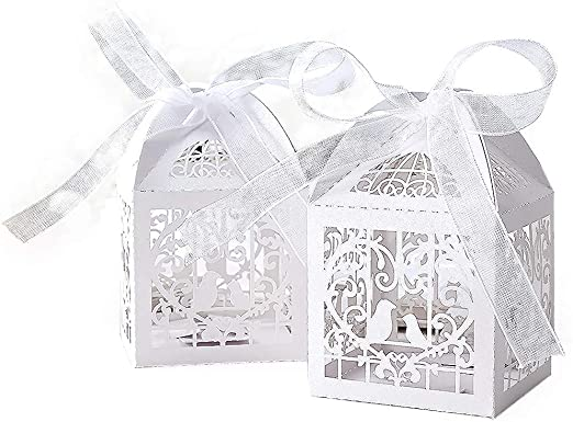 50pcs White Laser Cut Love Heart Gift Bomboniere Candy Boxes Wedding Favour