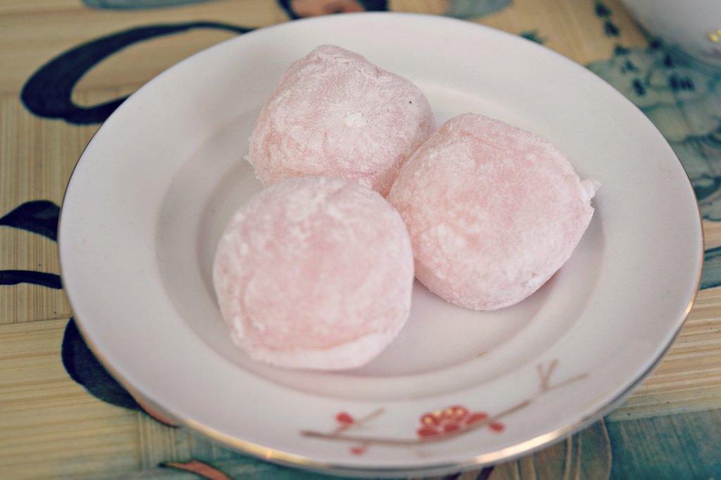 Japanese Mochi Rice Cake- Strawberry 16 PCS by KC Commerce (Image #3)