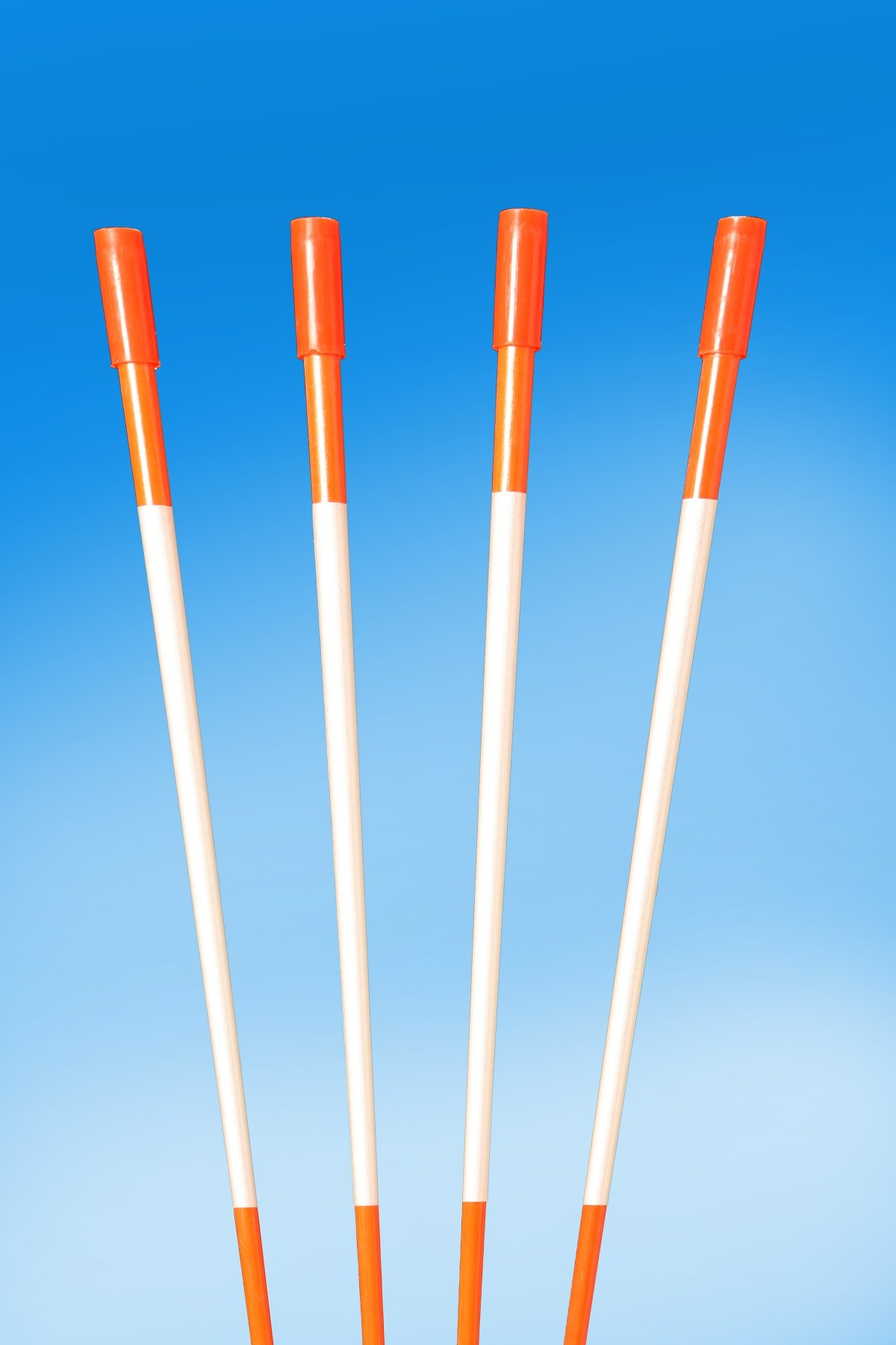 60'' FLUORESCENT ORANGE 100 Driveway Markers, Reflective Snow Stakes, Plow Stakes,5/16'' Thick X 60'' ORANGE Fiberglass Stakes , 100 Pack 5 FT. TALL