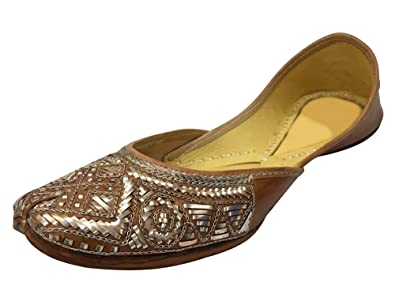 846abe62f Image Unavailable. Image not available for. Color  Step n Style Brown Traditional  Handmade Women Shoes Leather Flip-Flops Mojari Juti Khussa