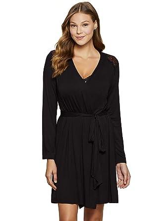 e538e9d465e Jessica Simpson Lace Trim Maternity Robe Black at Amazon Women's Clothing  store: