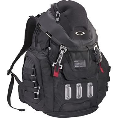 Amazon.com: Oakley Kitchen Sink Pack, Black: Clothing