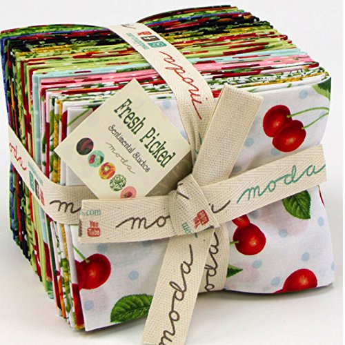Moda Sentimental Studios (Moda Fresh Picked by Sentimental Studios Fat Quarter Bundle 32830AB)