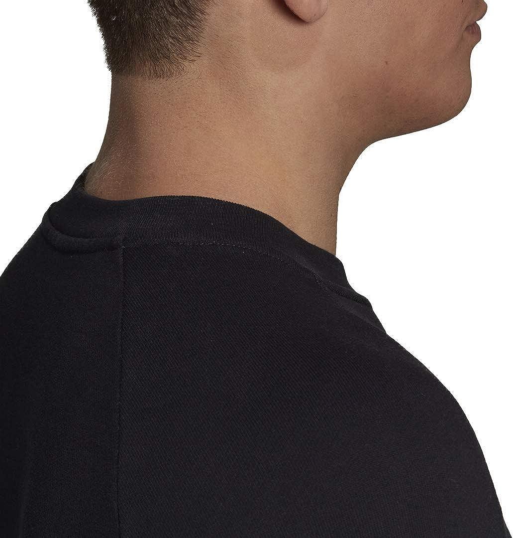 adidas Originals Men's Trefoil Warm-Up Crew Sweatshirt at  Men's Clothing store