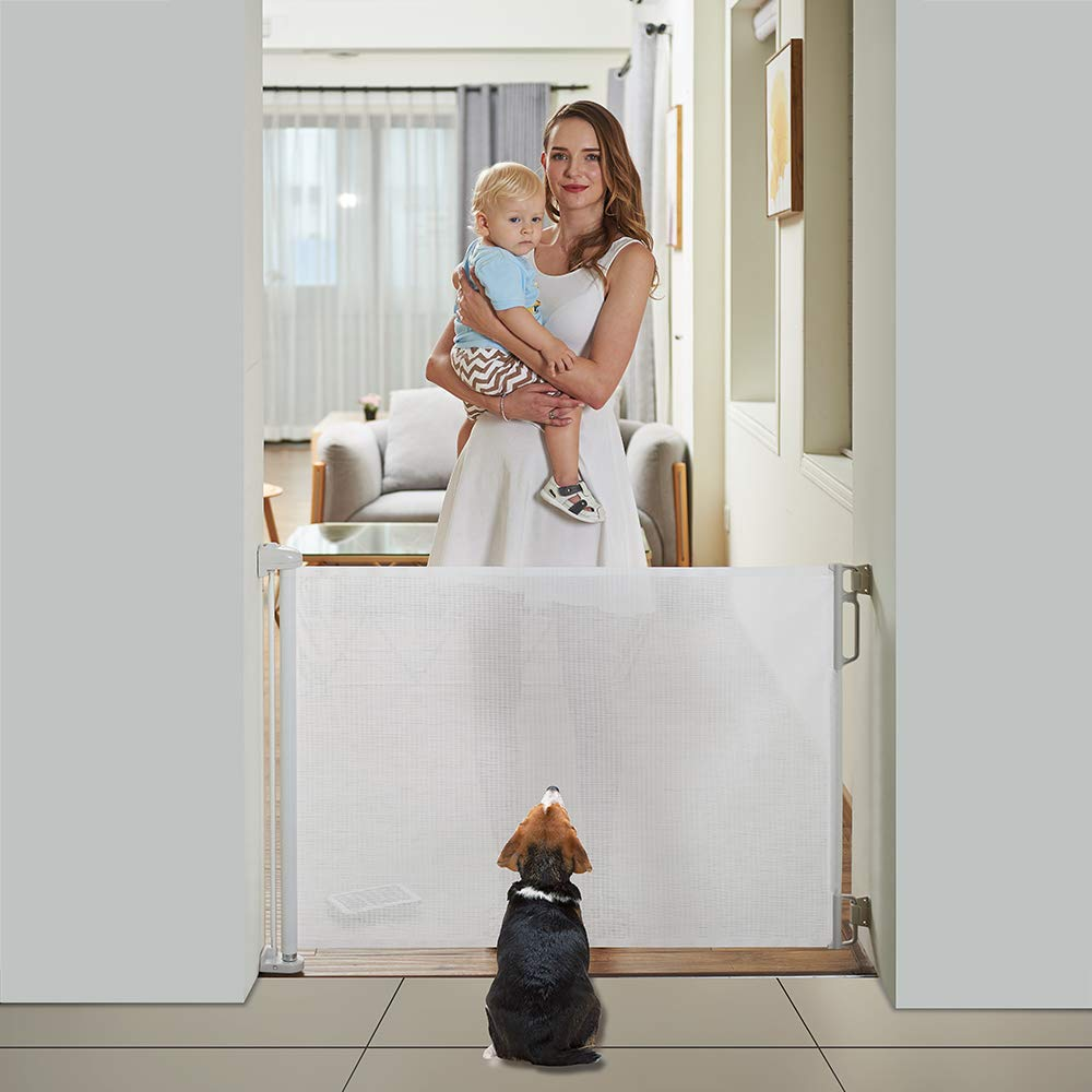 EasyBaby Products Indoor Outdoor Retractable Baby Gate White 33 Tall Extends up to 55 Wide