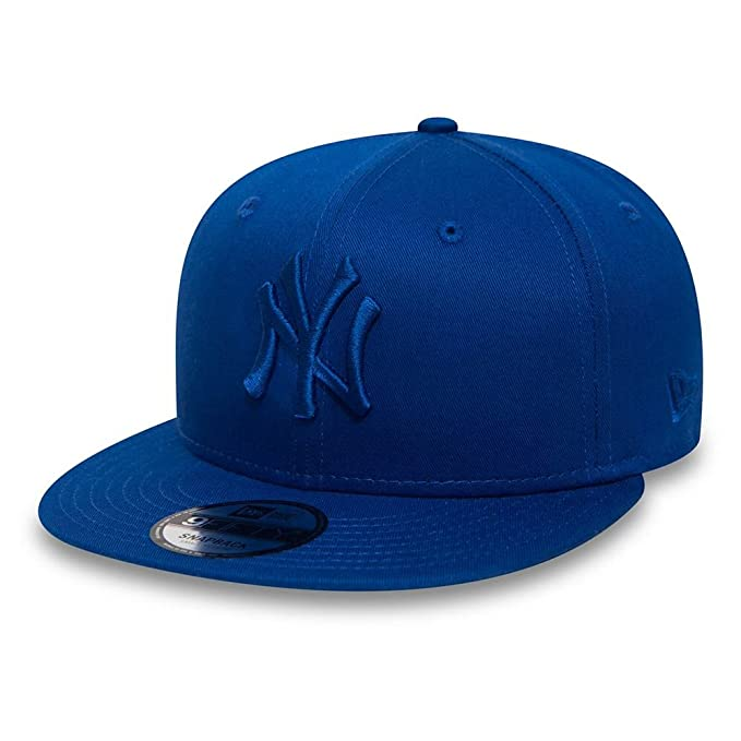 aa3af2bf83b New Era League Essential 9Fifty Cap ~ New York Yankees Blue  Amazon.co.uk   Clothing