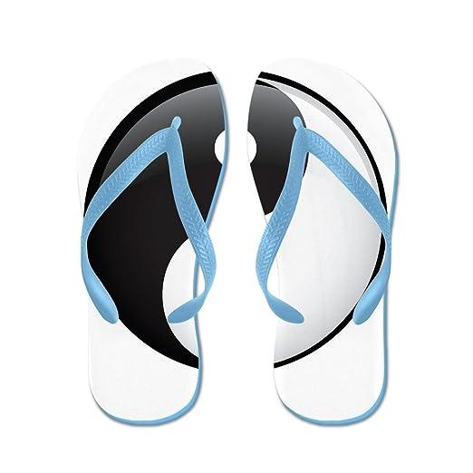 9a89483ea7740 Amazon.com  Royal Lion Men s Yin Yang Black and White HD Rubber Flip Flops  Sandals  Clothing