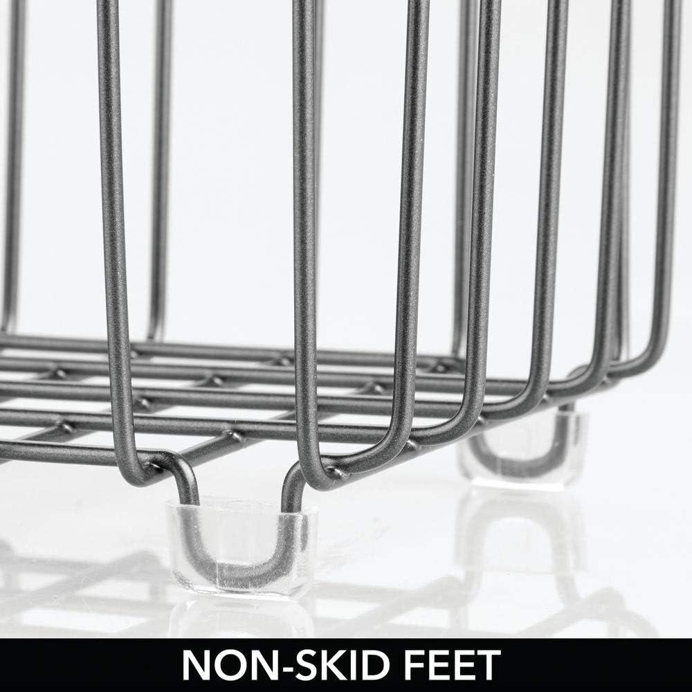 mDesign Cesta de almacenaje en metal con asas integradas Ideal como organizador de ba/ño para cosm/éticos Caja organizadora peque/ña con atractivo dise/ño en malla de alambre gris oscuro