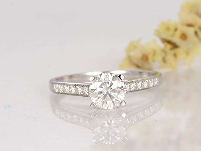 4a67cd14c2645 Amazon.com: 1ctw Forever Classic Charles & Colvard Moissanite ...