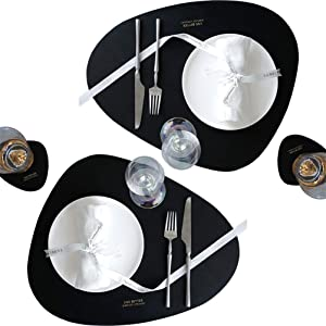Faux Leather Placemats and Coasters Set, Washable Round Table Mat, Waterproof Easy to Clean Heat Resistant Non Slip Anti-Skid Table Mats for Kitchen Dining Table (Black, 2Placemats+2 Coasters)