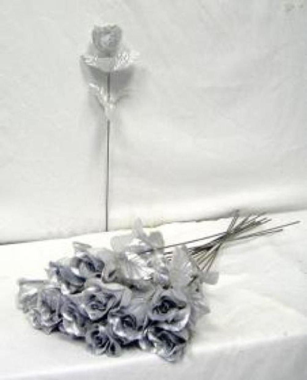 100 Silver Roses Single Long Stem Rose Buds Silk Wedding Bouquet Flowers Party by Dorigan Artificial Art Flowers