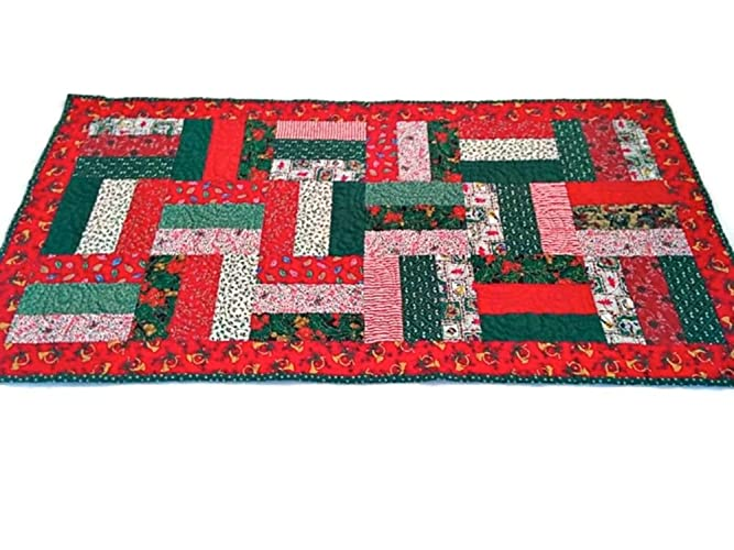 Christmas Table Runner Quilt.Amazon Com Christmas Quilted Table Runner Handmade Quilted