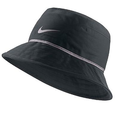 e6a6faf5c3307 Nike Golf Storm Fit Bucket Hat  Amazon.co.uk  Clothing