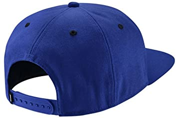 5011620ec1de Nike Herren Icon Pro Kappe, Blau (Ocean Blue), One Size  Amazon.de ...