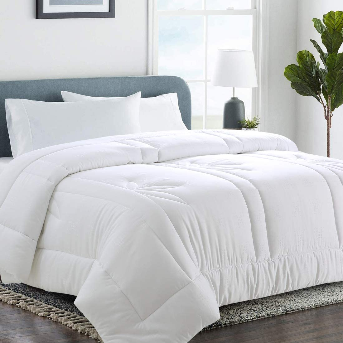 COHOME Queen Bamboo Fiber Comforter Duvet Insert Corner Ties,Fluffy Lightweight Cooling All Season Soft Reversible Hotel Collection (White Bamboo Fiber)