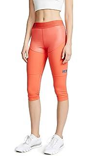 8288e9de0e9d adidas by Stella McCartney Women s Run Light Jacket at Amazon ...