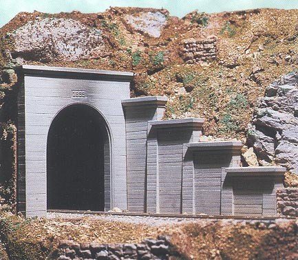 HO Single Concrete Tunnel Portal
