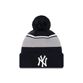 5dd80c74be5c9 New York Yankees New Era Call Out Cuff Pom Knit Beanie Hat   Cap   Amazon.co.uk  Sports   Outdoors
