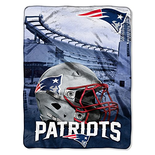 Soft New England Blanket Patriots (The Northwest Company NFL New England Patriots Silk Touch Raschel Super Plush Throw, One Size, Multicolor)