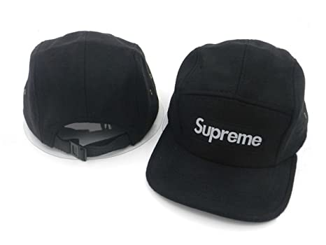 costruzione razionale diversificato nella confezione la vendita di scarpe Supreme cappelli di snapback / tappi (nero con logo bianco ...