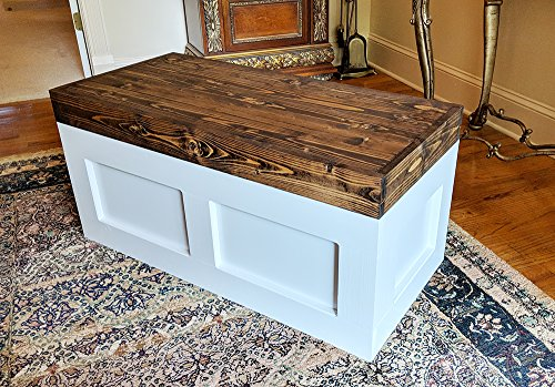 (Mountain Creek Woodworks Carnegie Chest - Rustic White Georgia Pine Storage/Toy/Hope Chest/Trunk)