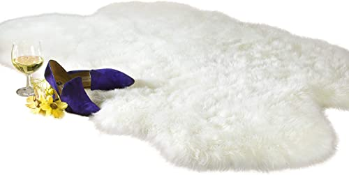 Chesserfeld Luxury Faux Fur Sheepskin Rug, White, 4ft x 6ft with Thick Pile, Machine Washable, Makes a Soft, Stylish Home D cor Accent for a Kid s Room, Bedroom, Nursery, Living Room or Bath