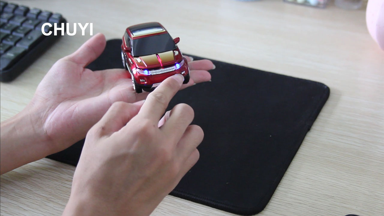 CHUYI Cool Sport SUV Car Shape 2.4GHz Wireless Optical Mouse 1600DPI SUV Mice Cordless Office School Mouse with USB Receiver for PC Computer Laptop (Red)