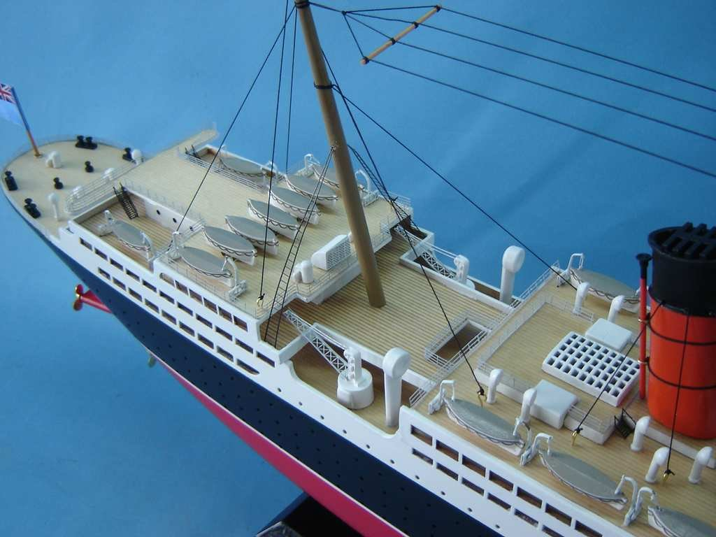 SS United States Limited 40'' - Famous Model Cruise Ship - Wood Cruise Ship Model Replica - Nautical Decor - Model Cruiseship - Wooden Cruise Liner Replica - Sold Fully Assembled - Not A Model Ship Kit