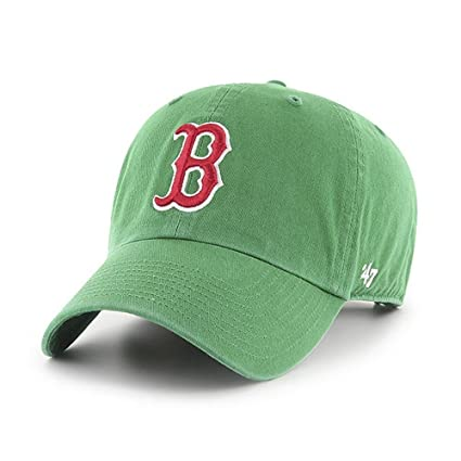 d69e2ded5ec3a Amazon.com   MLB Boston Red Sox St. Patty s Clean up Adjustable Cap (Green)    Sports Fan Baseball Caps   Sports   Outdoors