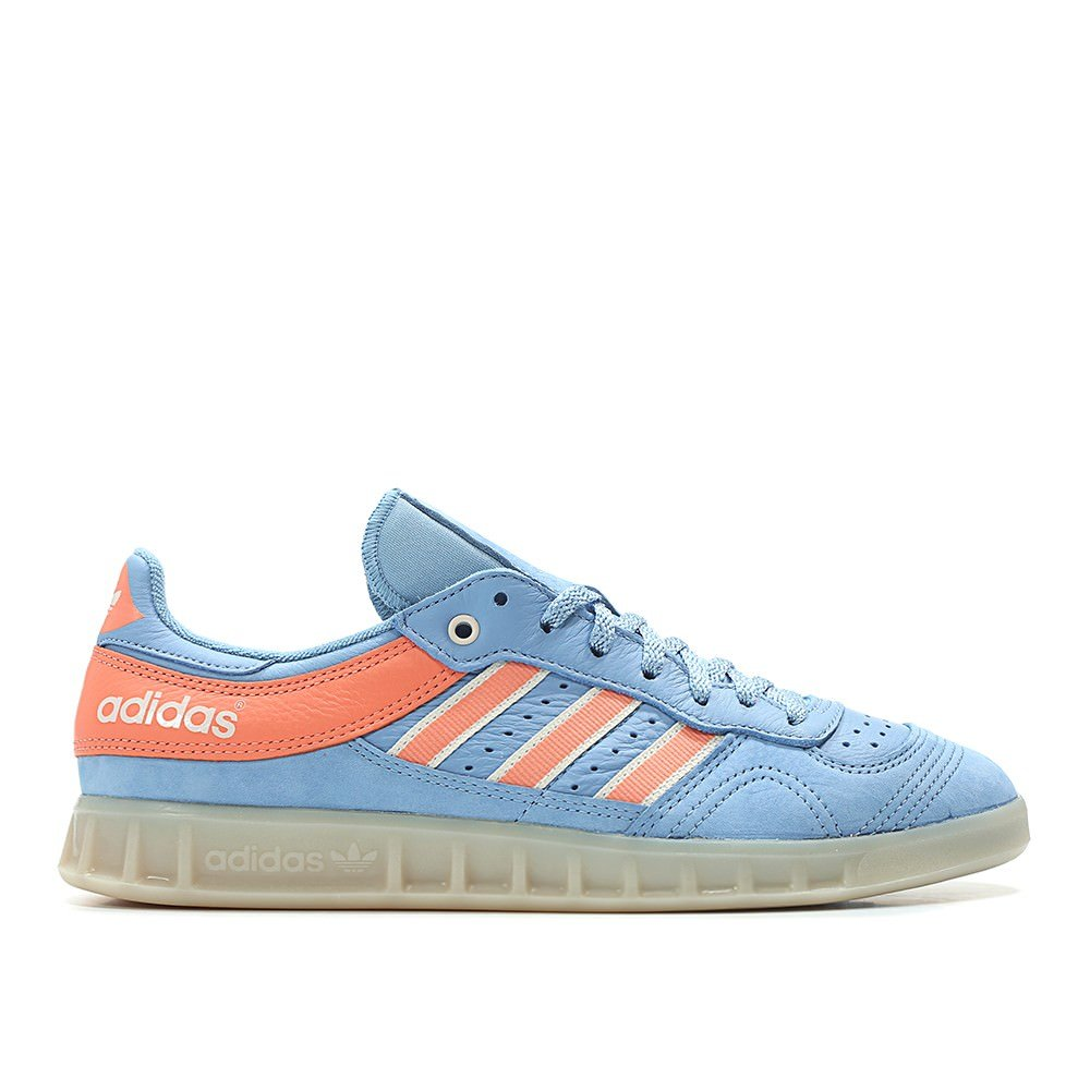 check out 679e5 43c31 Amazon.com  adidas Men Oyster Holdings Handball Top (Blueash BlueChalk  CoralChalk White)  Fashion Sneakers