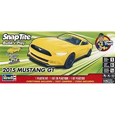 Revell Inc. 851697 1/25 2015 Mustang GT Yellow, 851697: Toys & Games