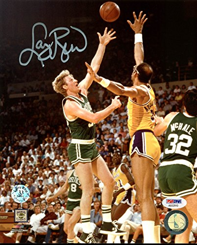 Celtics Larry Bird Signed 8X10 Photo vs Kareem w/ Bird Hologram & PSA/DNA ()