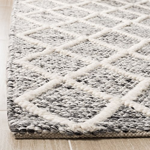 Throw Rugs Secure: Safavieh Natural Fiber Collection NF114A Basketweave