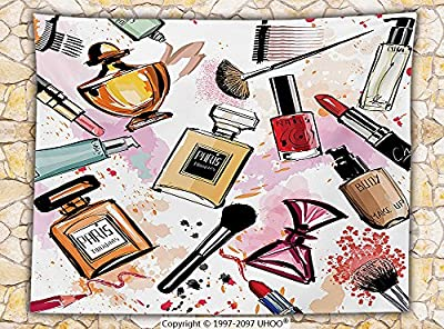 Girly Decor Fleece Throw Blanket Cosmetic and Make Up Theme Pattern with Perfume and Lipstick Nail Polish Brush Modern City Lady Throw Multi