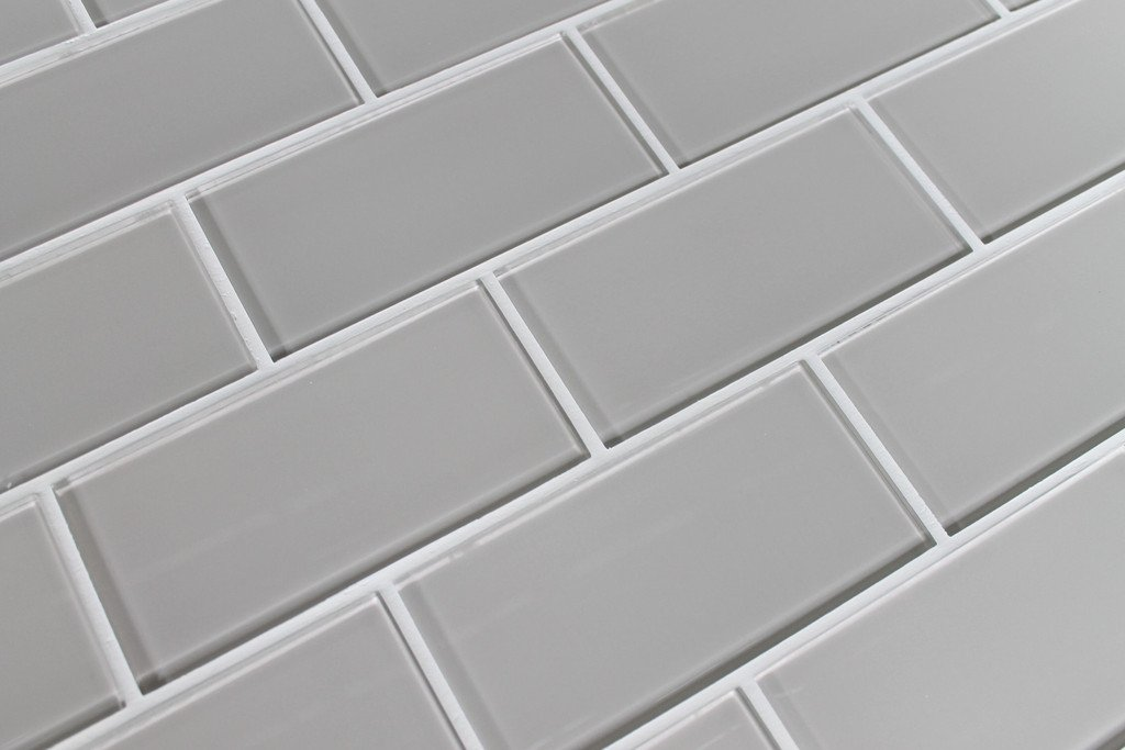 Sample Color Swatch of Country Cottage Warm Off White 3x6 Glass Subway Tile  for Kitchen Backsplash/Tub Surround from Rocky Point Tile - - Amazon.com
