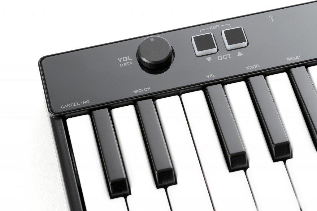 IK Multimedia IP-IRIG-KEYS25-IN - Teclado MIDI: Amazon.es: Instrumentos musicales
