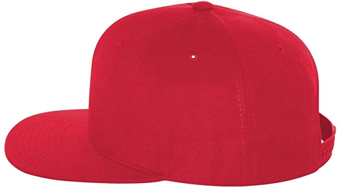 fe25a9872a9c7 Flexfit Yupoong Men s 6089 6 Panel Structured Flat Visor One Size Red   Amazon.co.uk  Kitchen   Home