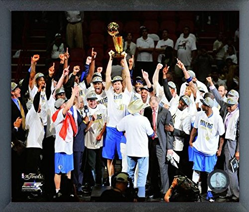 Team Mavericks Poster Dallas - Dallas Mavericks NBA Team Photo (Size: 17