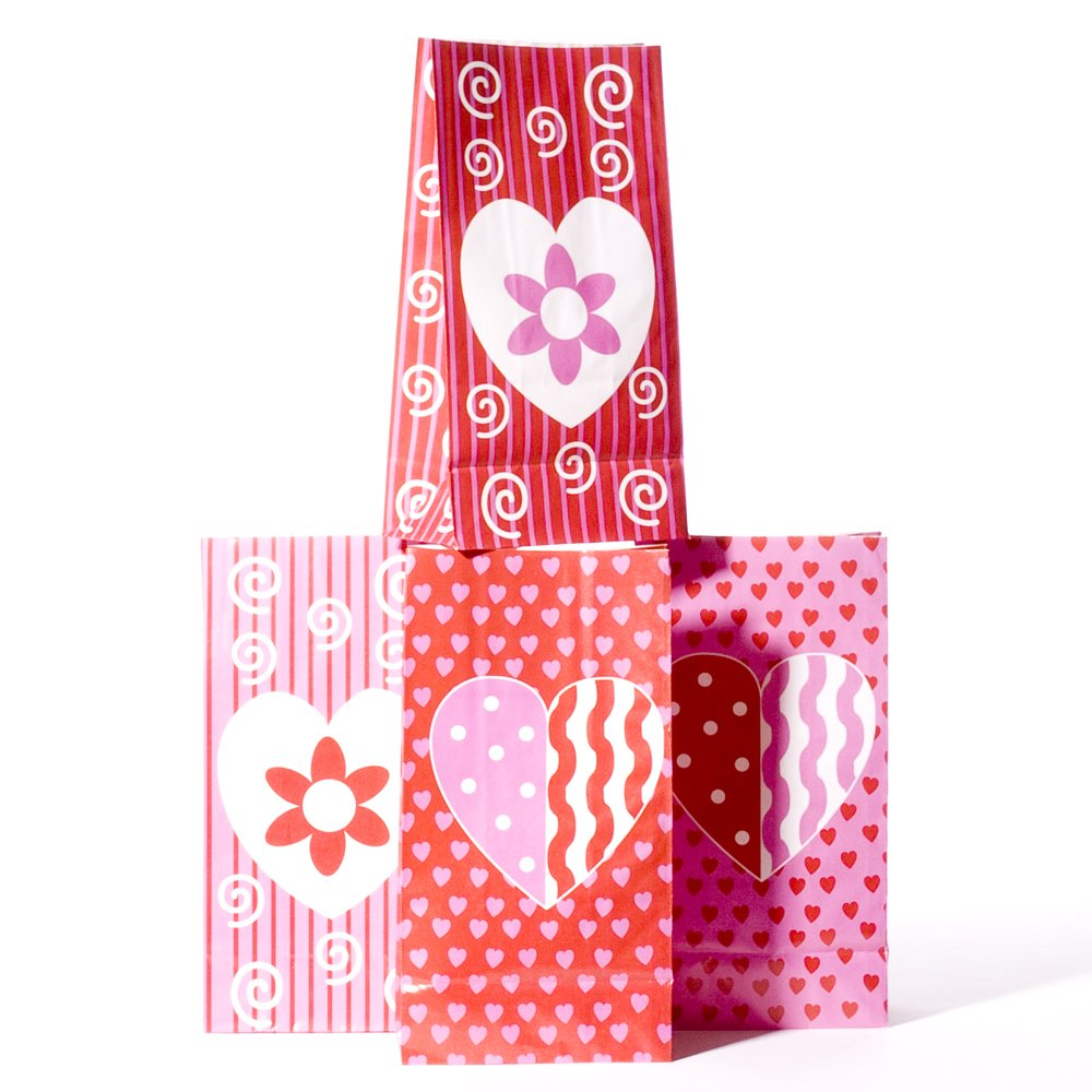 Amazon.com: Valentine Paper Goody Bags by Century Novelty: Toys ...